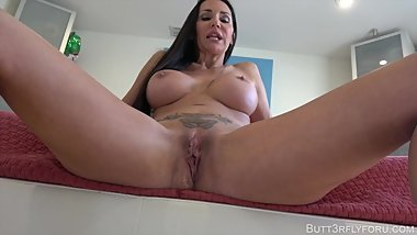 Taste Mommy's Sloppy Seconds From School Bully-MP4-1080p