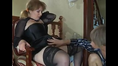 Horny mature stepmom having a real orgasm with her 18yo stepson