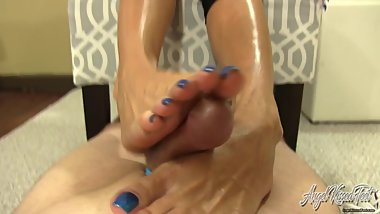 Sweaty Gym Feet Make You Cum - POV FootJob - Nikki Ashton