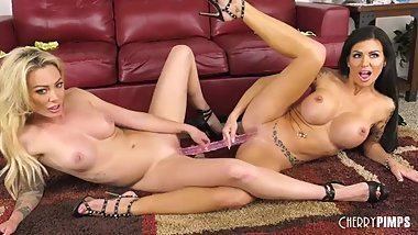 Big Tit Isabelle Deltore and Melissa Lynn Playing With Their Pussies