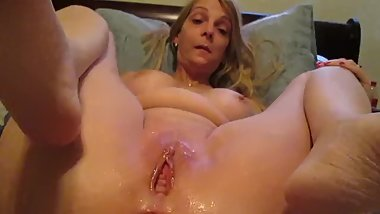 Nicole loving vibrator in her ass