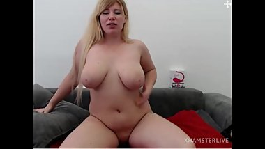 Beautiful Busty Blonde Milf With Sexy Feet Models Completely Nude