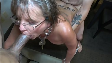 Tattoo Split Roast 50y MILF Cougar Jules