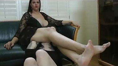 big sexy cynthia toys with and tortures a thin girl challenger