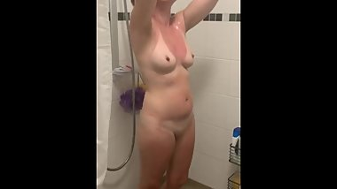 Mom in shower stepson asks to cum over her face