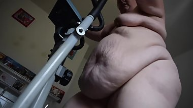 NAKED WORKOUT CLIP