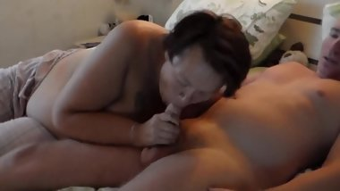 John gets Oral Sex from Jen on the Bed