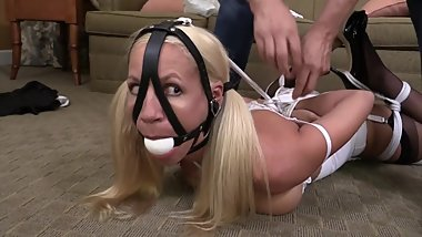 Amanda Wants to be Tied