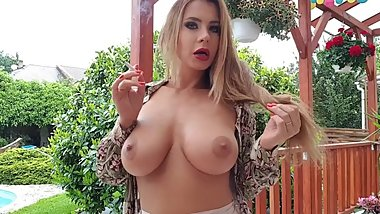 Big Tits Smoking Milf - Dorothy Black