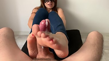 Warm SOFT feet FOOTJOB! 4k ultra HD