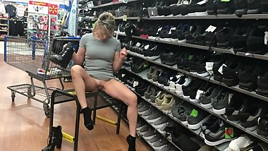 HIGH HEELED MILF SHORT SKIRT NO PANTIES IN WALMART NUDE IN PUBLIC