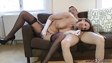 Dickriding european cougar gets plowed