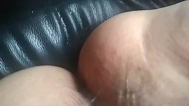 Chubby mom fucked in car