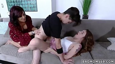 Milf catches playfellow' step partner and mature mom