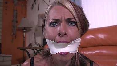 goldie gets a stuffed microfoam tape cleave gag