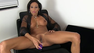 First Ever Squirt Vid, fingering dildo mutiple squirts