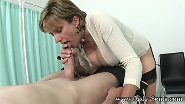 LadySonia-Vibes_Her_Twat_Gives_A_Lucky_Guy_A_Handjob